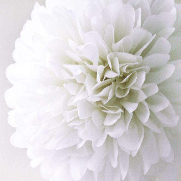 rosace pompon fleur papier de soie blanc. Black Bedroom Furniture Sets. Home Design Ideas