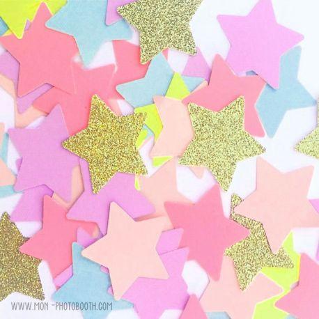 Confettis étoiles multicolores