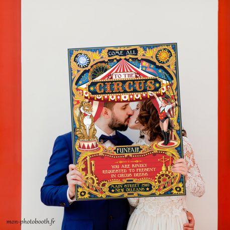 Cadre Photobooth Cirque pour mariage