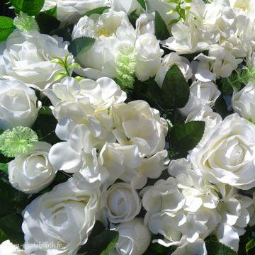 Mur de Fleurs Blanches et Feuilles - Le Grace Kelly